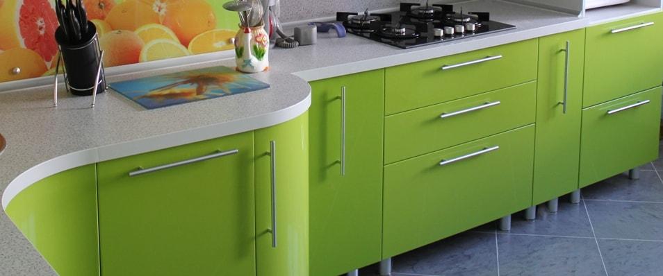 Кухни цветные дизайн